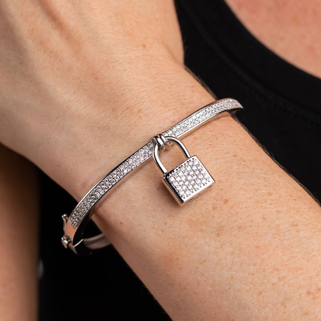 Candice Swanpoel VS Event 2015 - Silver Pave Padlock Bangle