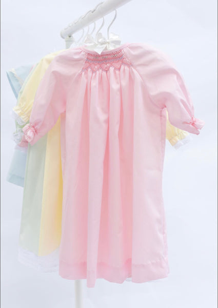 Do Say Give Girls Hand Smocked Heart Daygown