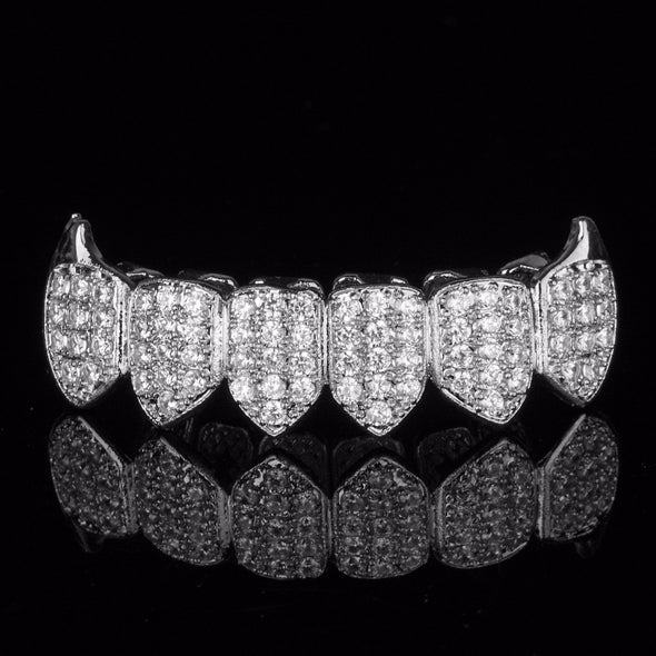Silver Plated High Quality CZ Bottom Fang Grillz - Gold Teeth - Gold Grillz - Rois D'or