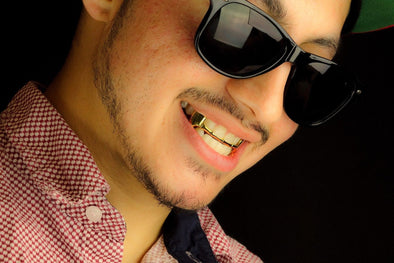 Gold Plated Grillz - Top Fangs - Gold Teeth - Gold Grillz - Rois D'or