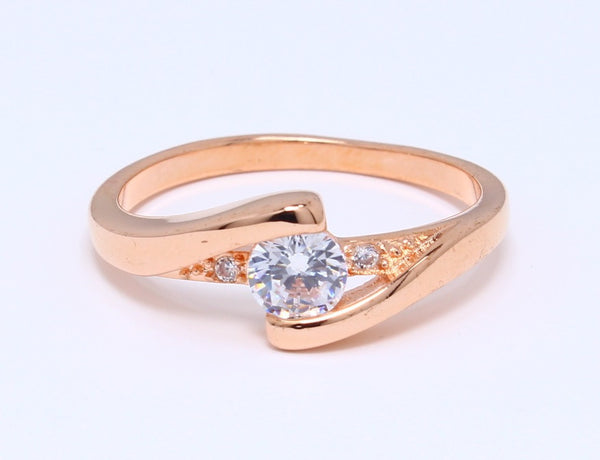 CZ-Diamond-Ring-in-Rose-Gold-Plated-Bling-Prong-Set-Round-Classic-Solitaire