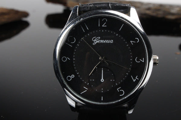 Mens-Black-and-Silver-Watch-Black-Leather-Band