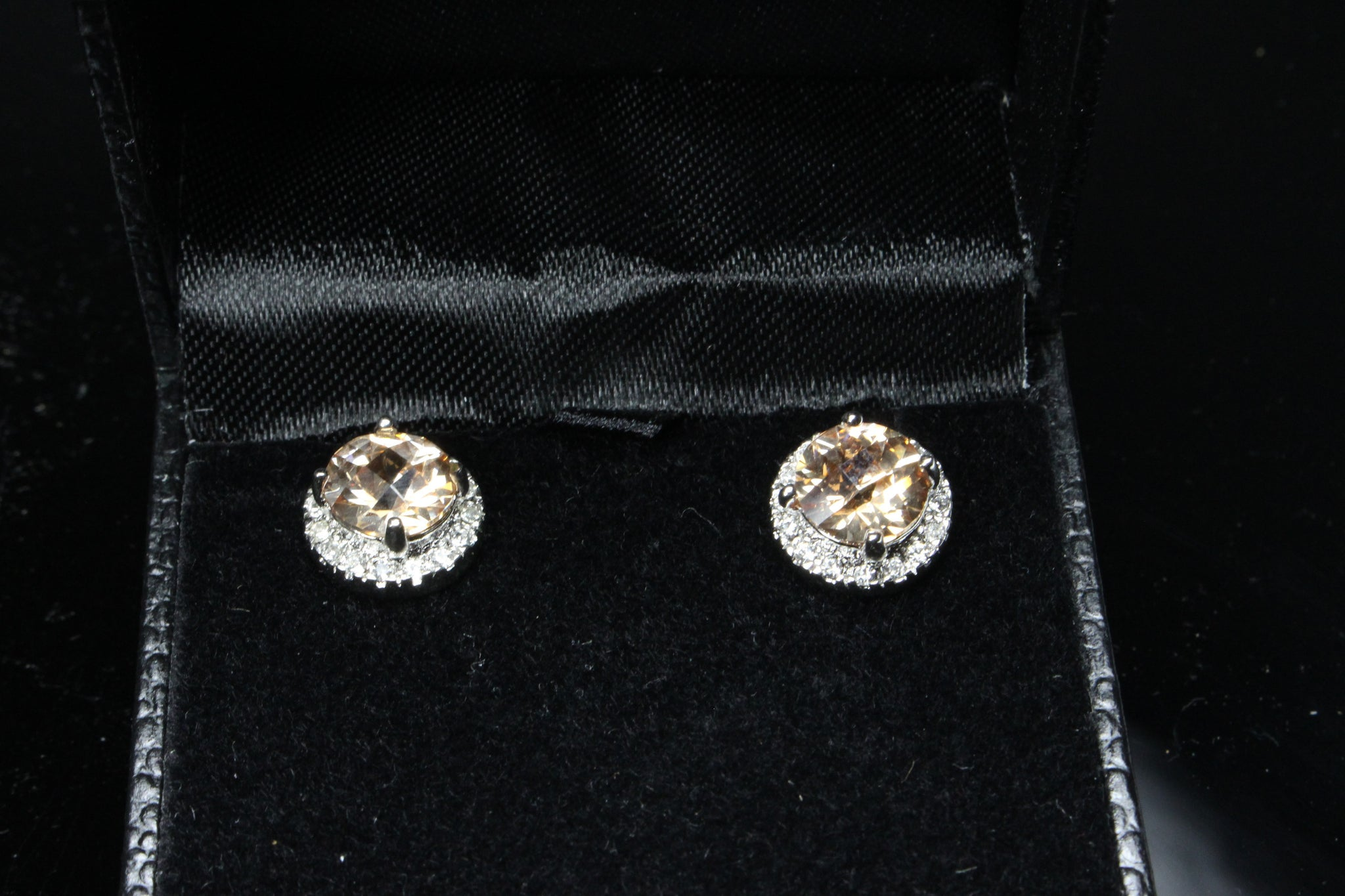 champagne-cubic-zirconia-earrings-round-clear-framed-stud-platinum-plated