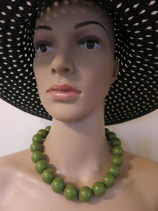 Gumball Necklace - Chunky Olive Green