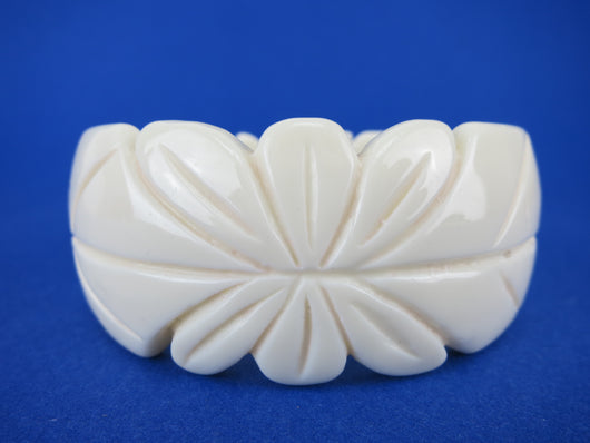 Off White Carved Bangle - Petal