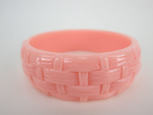 Carved Bangle - Pastel Peach Basket Weave