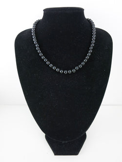 Bead Necklace - Grace in Black
