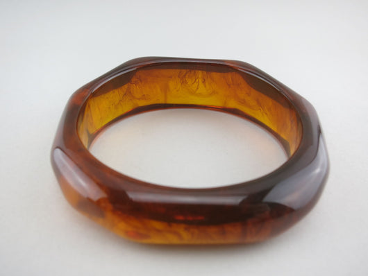 Fakelite Bangle in Tortiseshell Brown