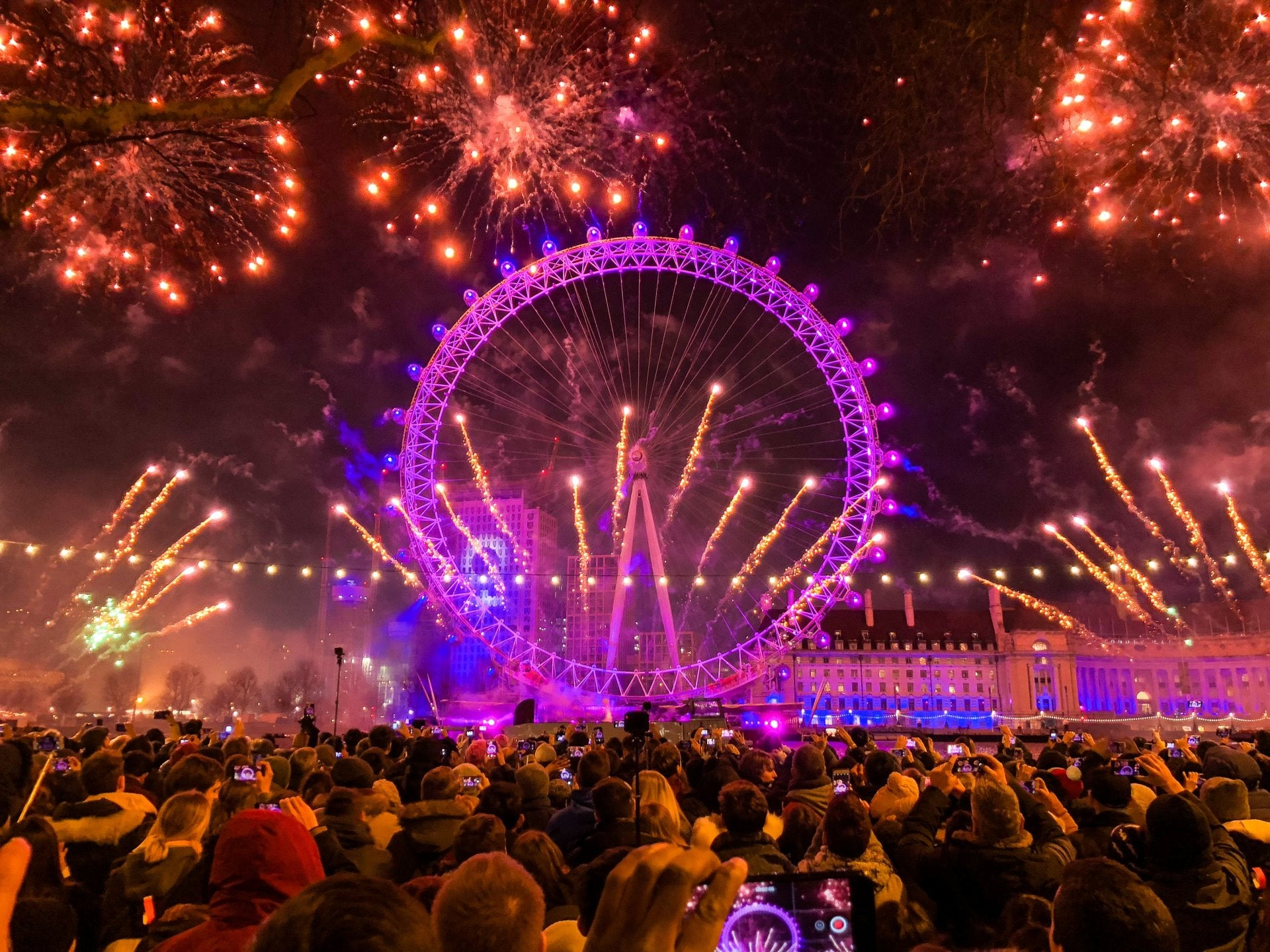 The Best Locations in London to Watch the Fireworks