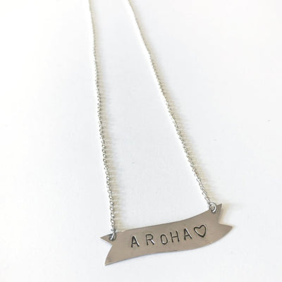 Aroha Banner necklace, silver