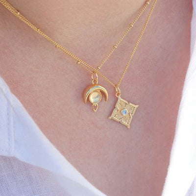 Moonstone Necklace, Gold
