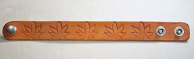 HEMP POT LEAF MARIJUANA HAND STAMPED AND STAINED LEATHER BRACELET ADJUSTABLE - Samstagsandmore