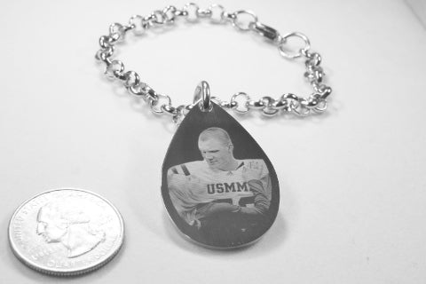 CUSTOM ENGRAVED TEAR DROP DOG TAG SILVER TONE STAINLESS STEEL WITH ROLO CHAIN BRACELET OR NECKLACE