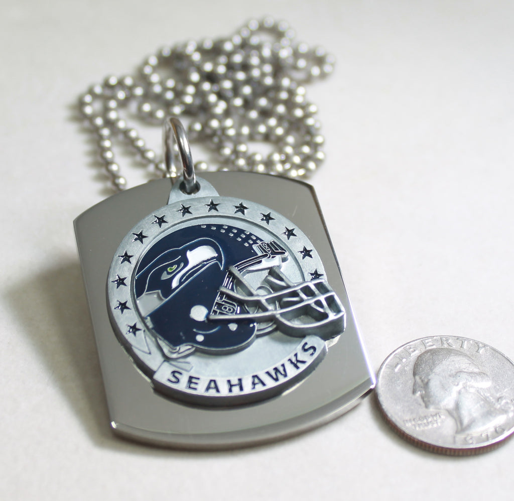 NFL SEATTLE SEAHAWKS  X LARGE PENDANT/HELMET ON THICK STAINLESS STEEL DOG TAG