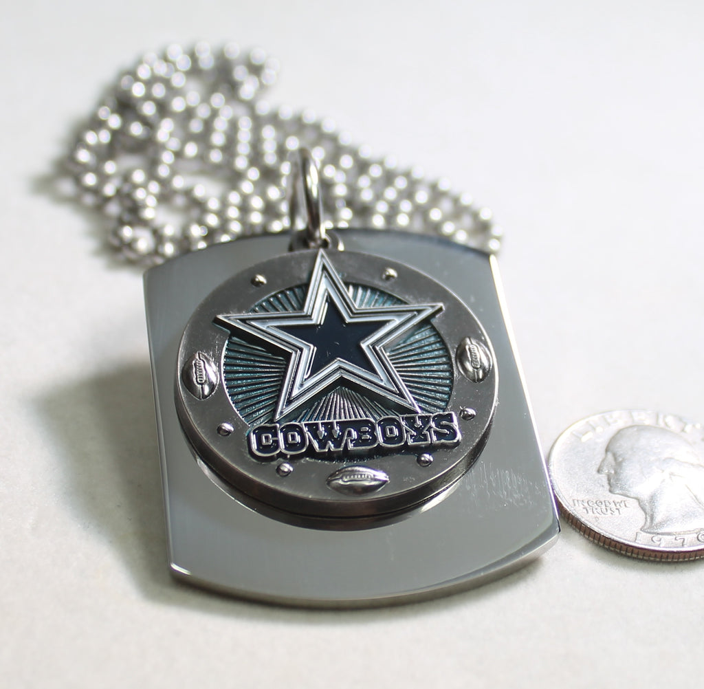 DALLAS COWBOYS NFL X LARGE PENDANT ON THICK STAINLESS STEEL DOG TAG