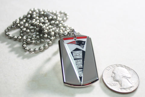 NEW ENGLAND PATRIOTS NFL PENNANT STAINLESS STEEL DOG TAG NECKLACE  3D BALL CHAIN - Samstagsandmore