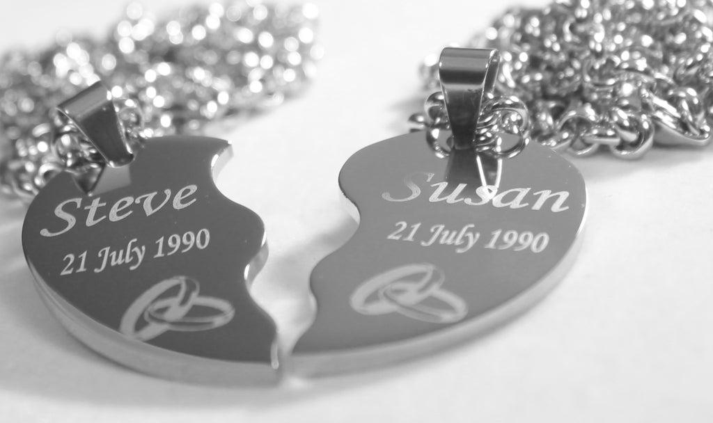 PERSONALIZED SPLIT HEART WEDDING BANDS NECKLACE SET STAINLESS STEEL ROLO CHAIN