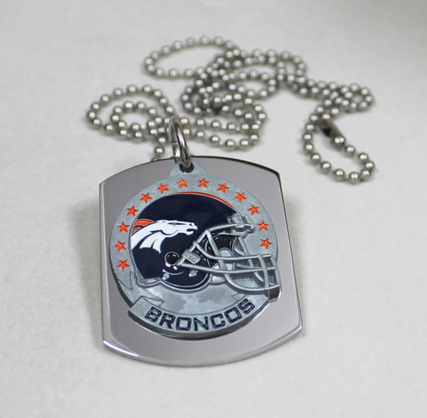 NFL DENVER BRONCOS X LARGE PENDANT/HELMET ON THICK STAINLESS STEEL DOG TAG