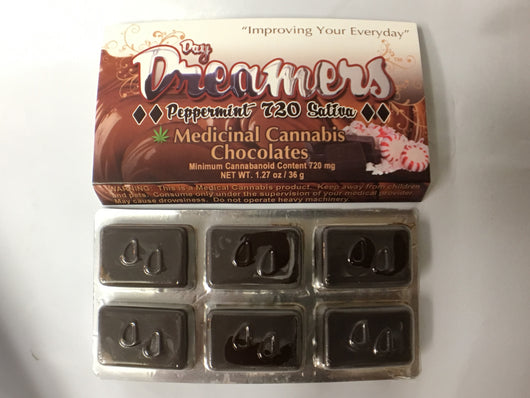 DAY DREAMERS CHOCOLATE BAR BLACK DIAMOND 720