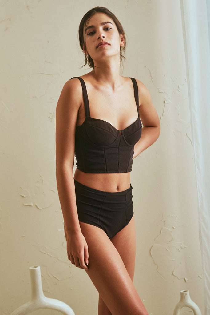Forma Bustier in Black