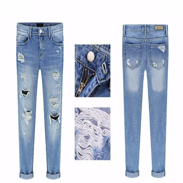 Relaxed Fit Ripped Jeans