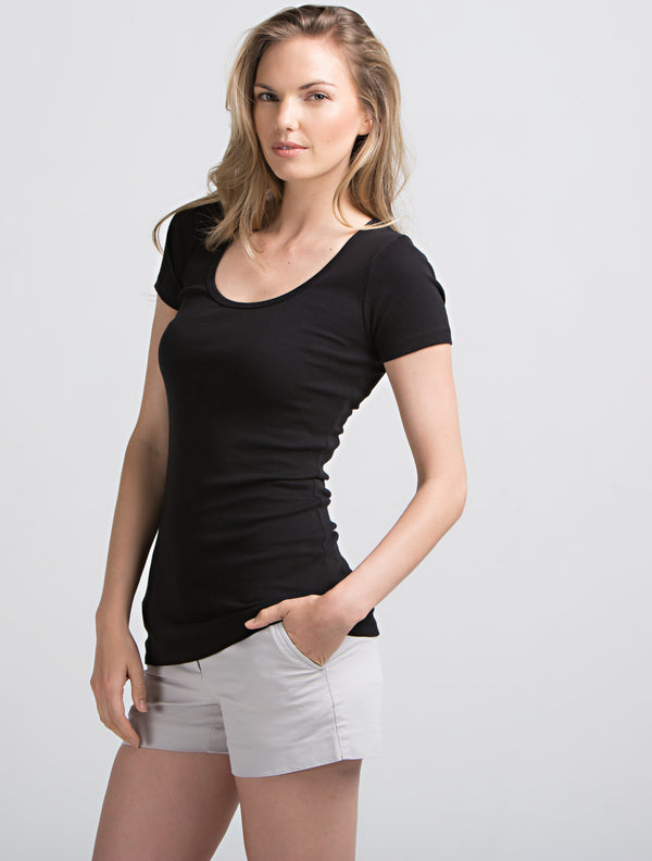 Everyday Scoop Neck (Black)