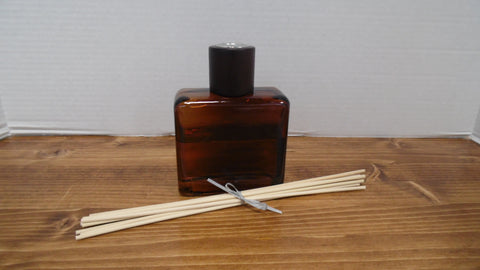 Reed Diffuser w/ Reeds