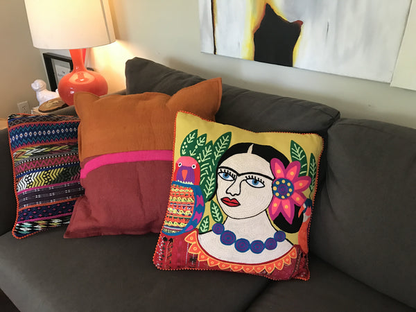 Mujer Con Perico Karma Living Pillow