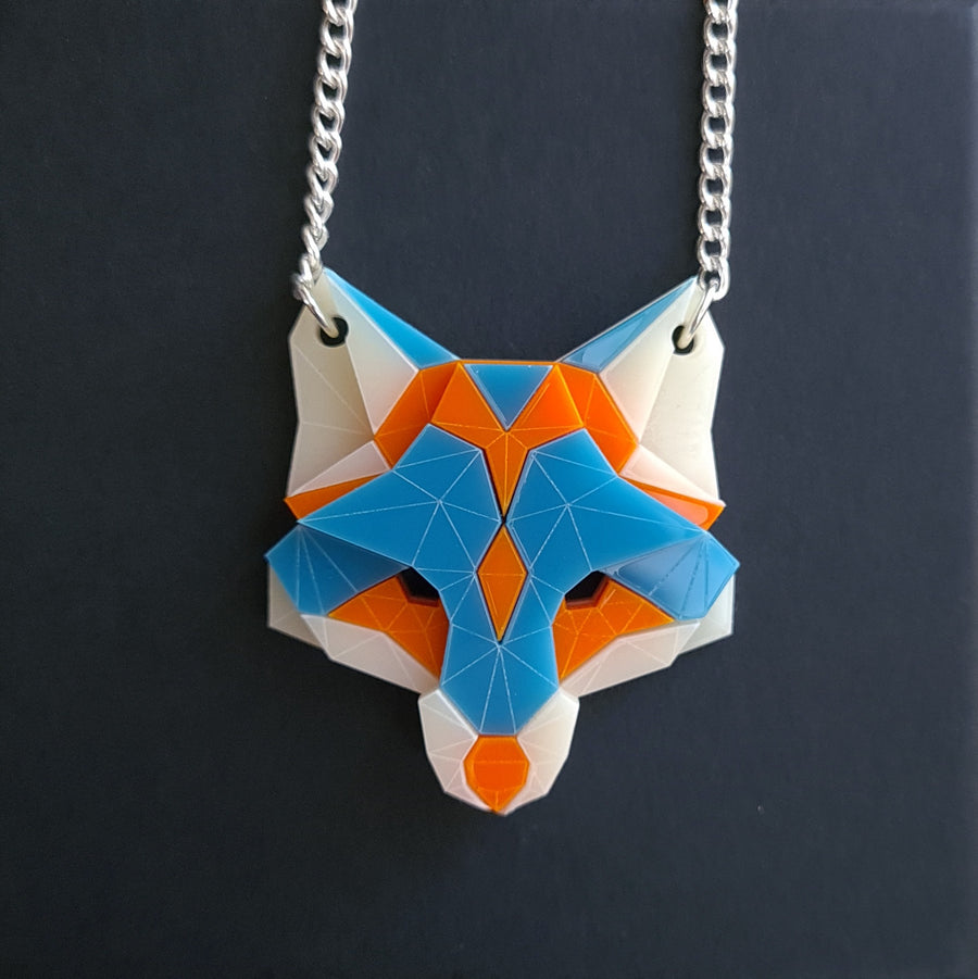 Fox Head Necklace (Scream) by Sstutter