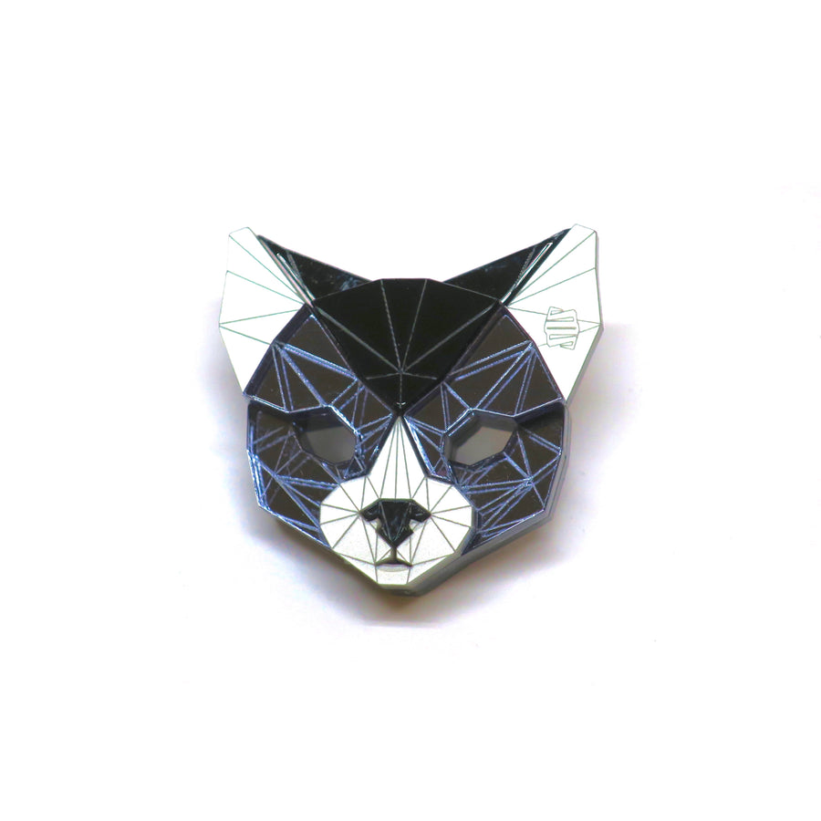 Cat Head Brooch (Dark Knight) by Sstutter