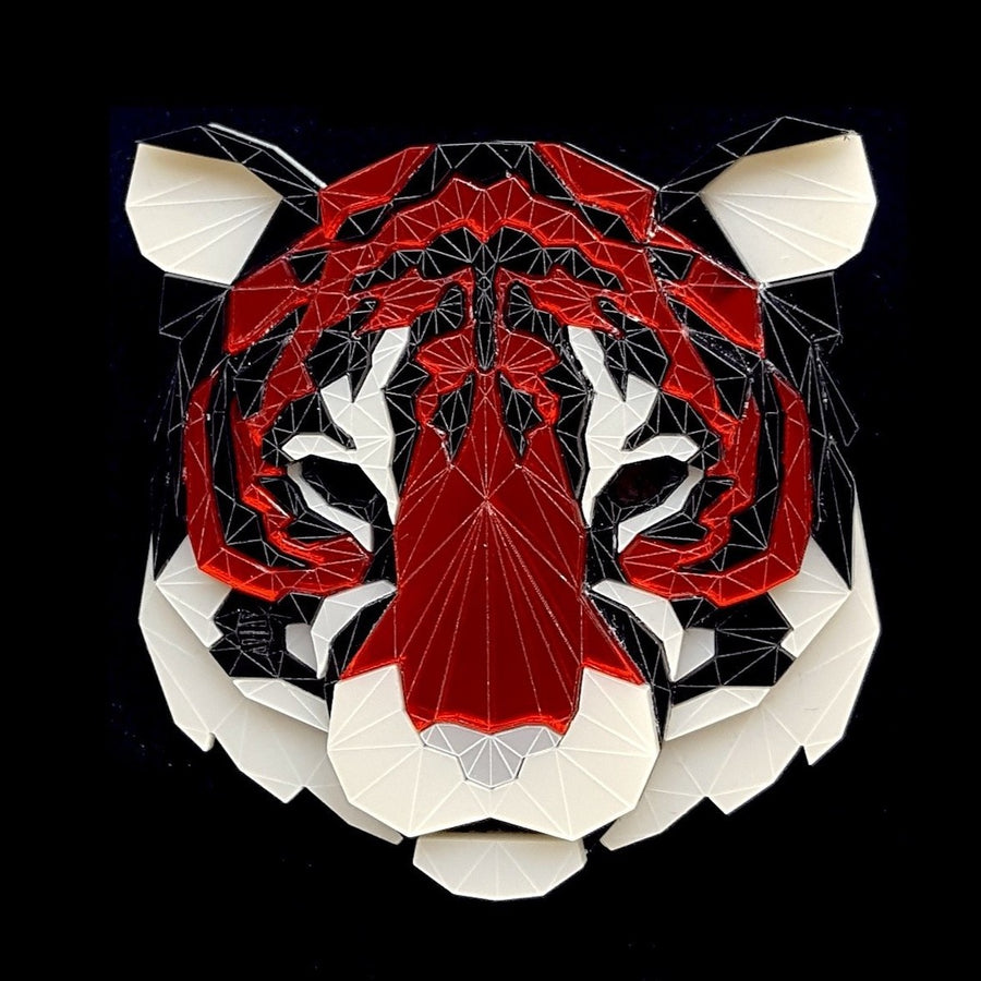 Tiger Head Brooch (Murder) by Sstutter