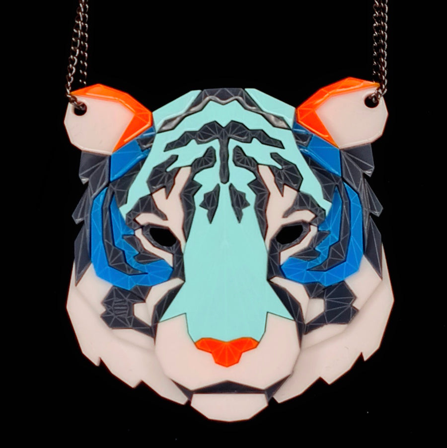 Tiger Head Necklace (Sneakers 2) by Sstutter