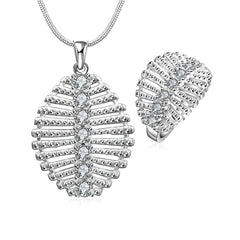 Leaf Diamanté Necklace and Ring set.