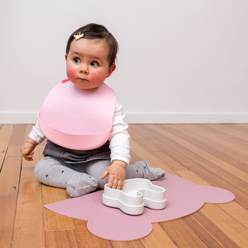 We Might Be Tiny silicone bib - Powder pink