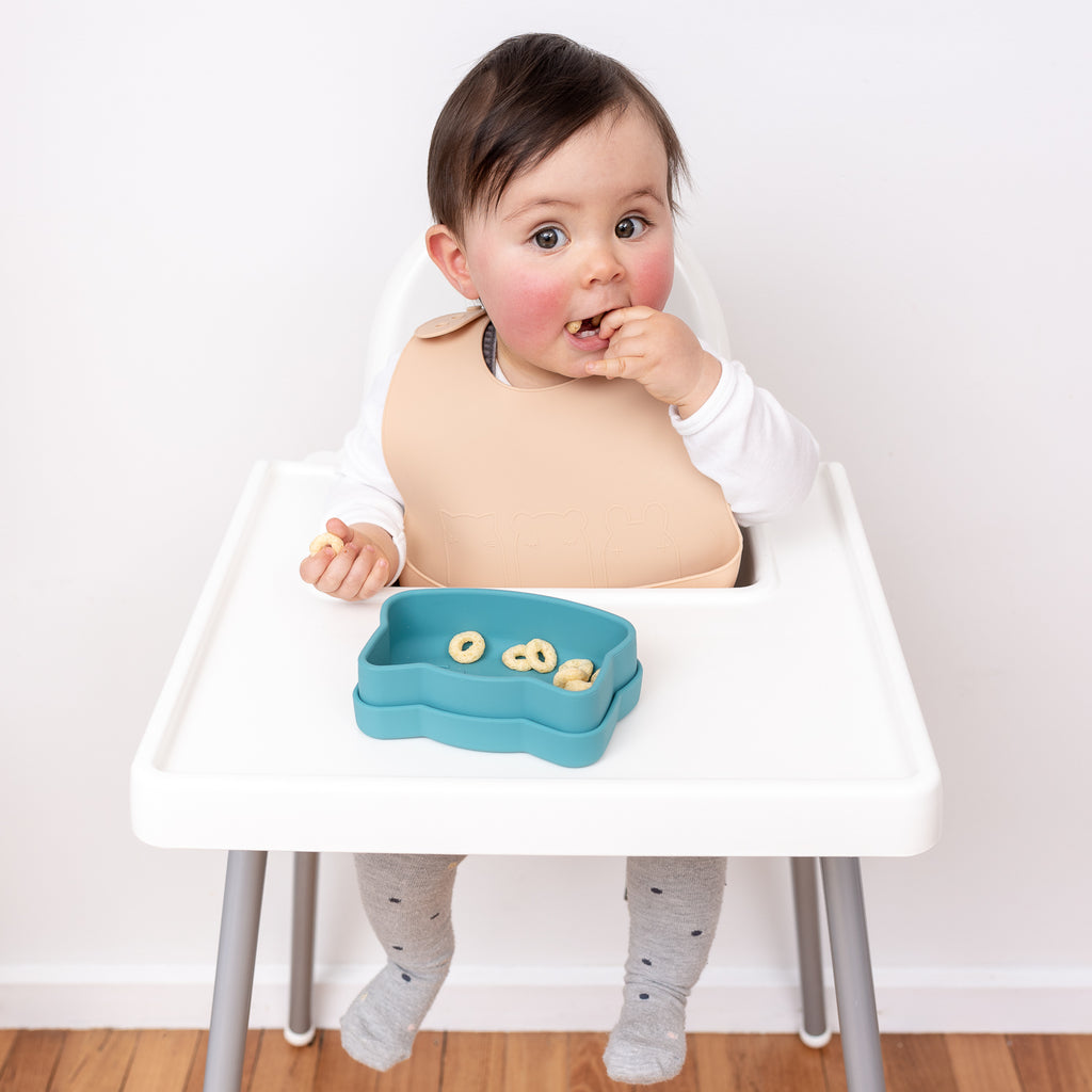 We Might Be Tiny silicone bib with food catcher - Beige