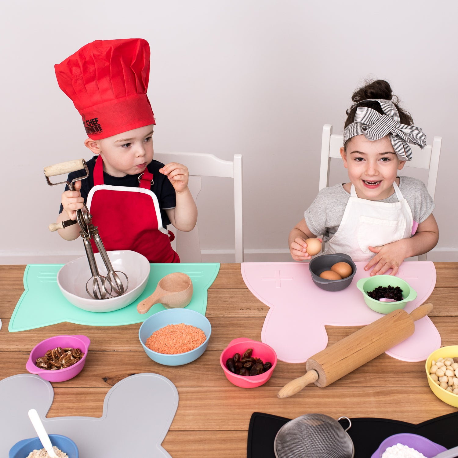 Silicone placemats perfect for baking with kids