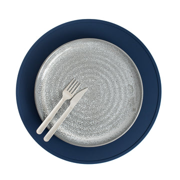 Non-slip minimalist silicone placemat in navy