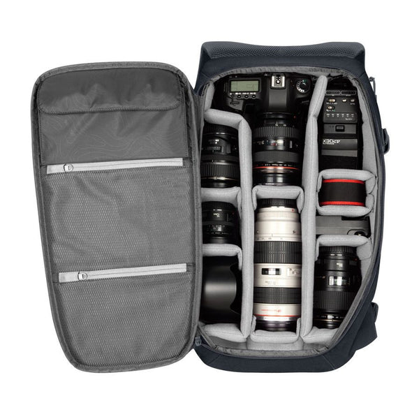 Navy DSLR pro bag with tri pod straps
