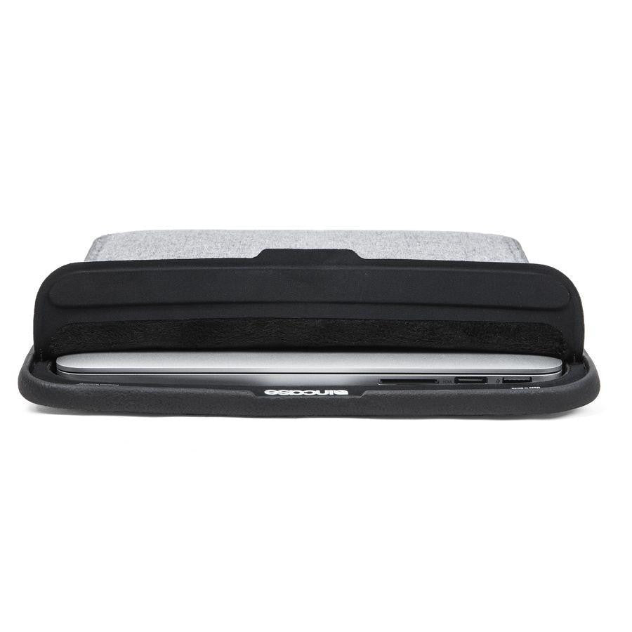 size 40 8b31a 2a5a1 Incase ICON Sleeve with TENSAERLITE for MB Retina 13