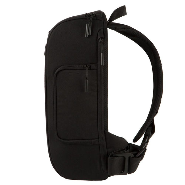 Incase Capture Sling Pack