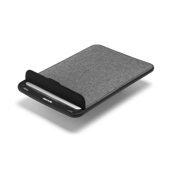 Incase ICON Sleeve with TENSAERLITE for MB Retina 13