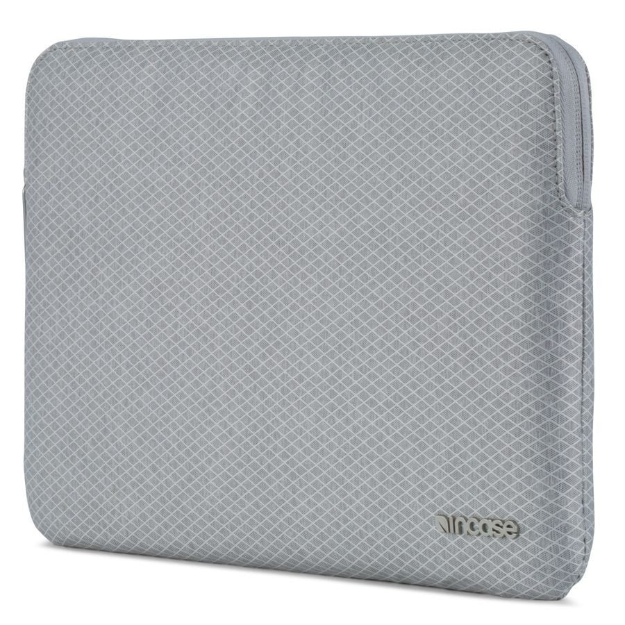 Incase Slim Sleeve with Diamond Ripstop for MacBook 12""
