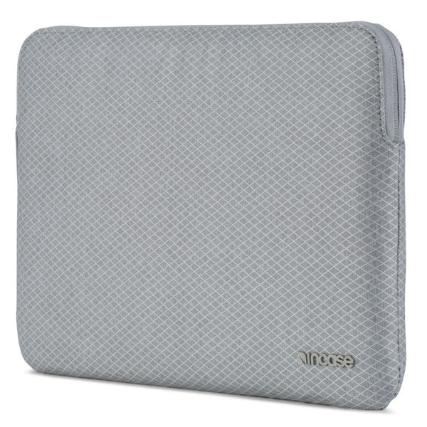 Incase Slim Sleeve with Diamond Ripstop for MacBook 12