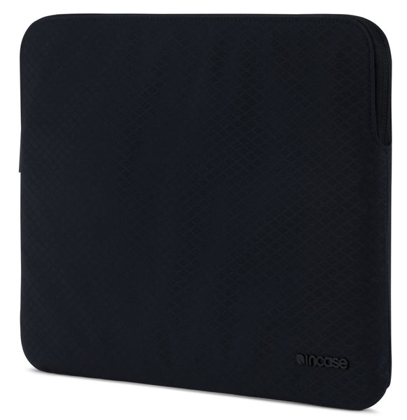 Incase Slim Sleeve with Diamond Ripstop for iPad Pro 10.5-inch with Pencil Slot - Black