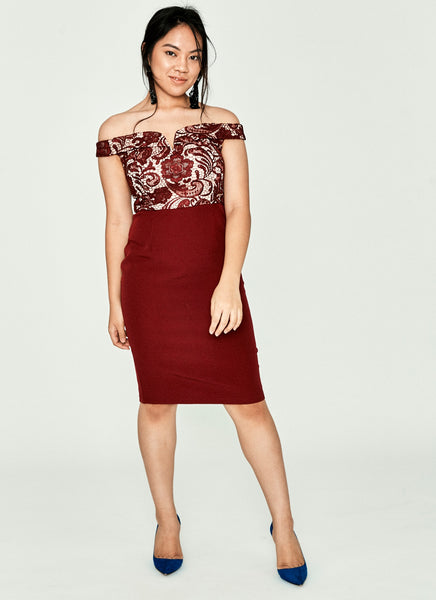 Deraiane Lace Sheath Dress (Maroon)
