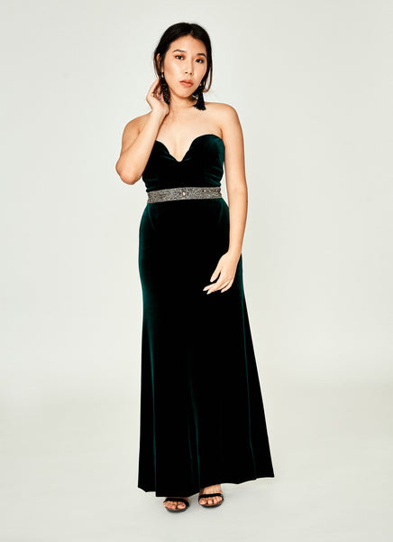Strapless Sweetheart Gown In Velvet