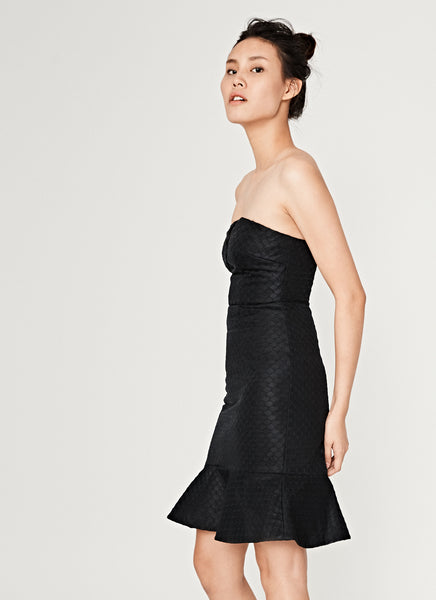 Honeycomb Fluted Dress in Black