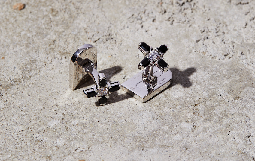 Arch Florale MM Cufflinks, 18k White Gold with DAVIDOR Arch Cut Black Spinel and Brilliant Diamonds
