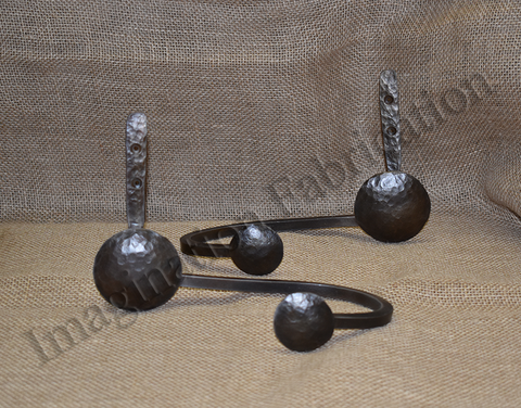Clavos Curtain Pull Backs