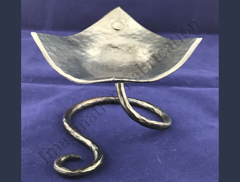 Contemporary Steel Bowl with Beveled Edge (Elevated)